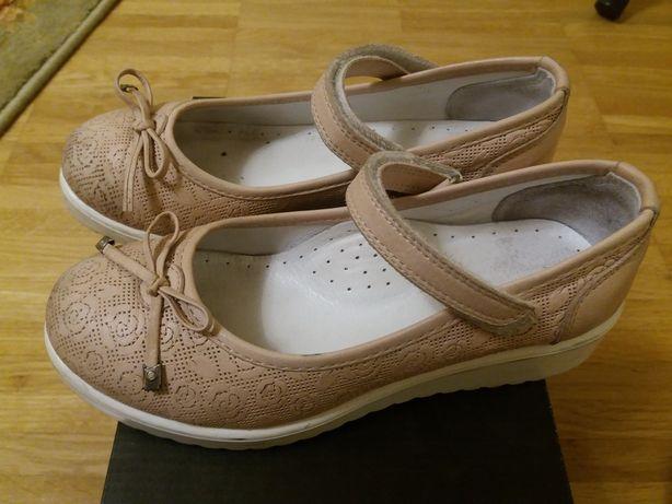 Туфли на дівчинку Topitop (Турция)