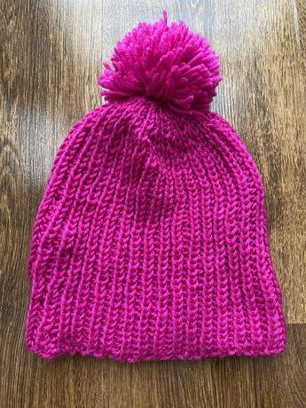 Różowa czapka z pomponem, damska