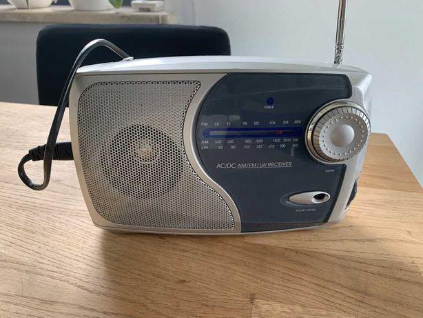 Radio FM 230V/ baterie