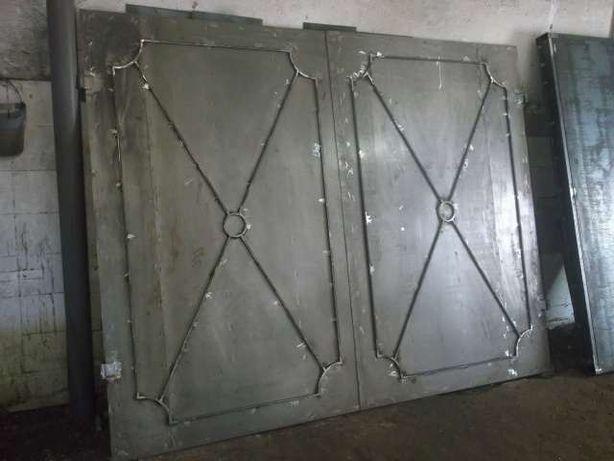 Продам металлические ворота