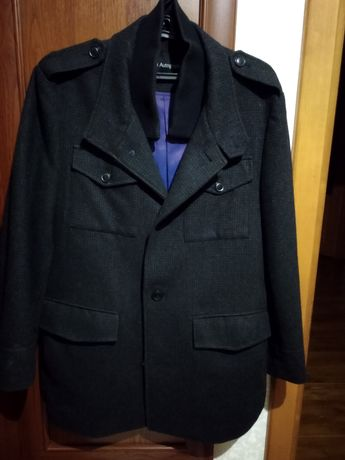 Продам мужское пальто, состоянии новое.