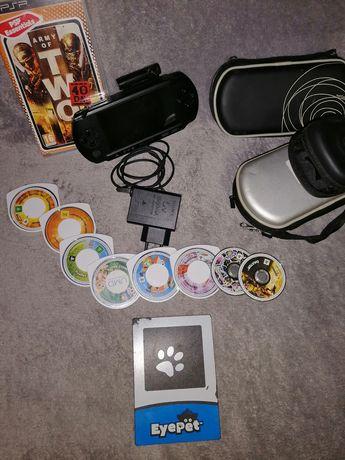 PSP E1000 ótimo estado com capaz carregador e jogos e camera