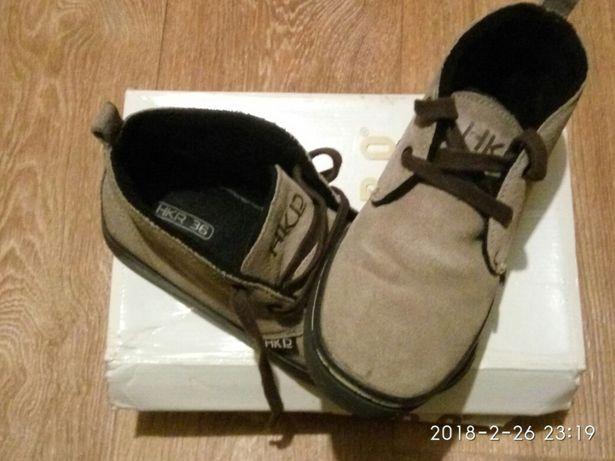 Продам детские весенне-осенние ботинки