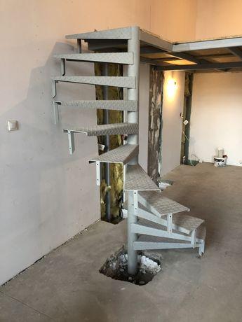 Schody loftowe kręcone stalowe