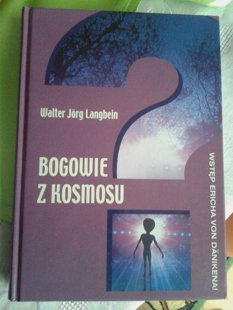 Bogowie z Kosmosu.Walter Jorg Langbein.