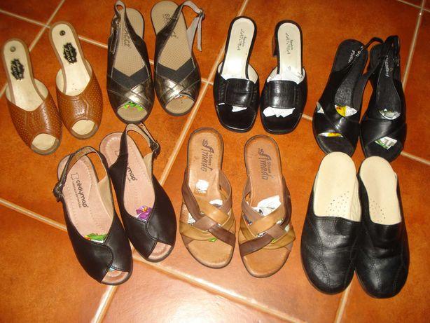 sandálias/chinelos confortáveis tamanho pequeno