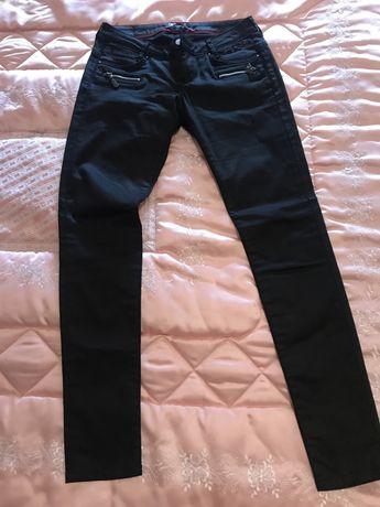 Calças pretas Andy Warhol By Pepe Jeans