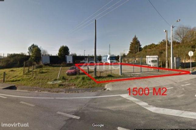 Arrendamento de 1500 M2 de terreno em Vila Nova de Famalicão