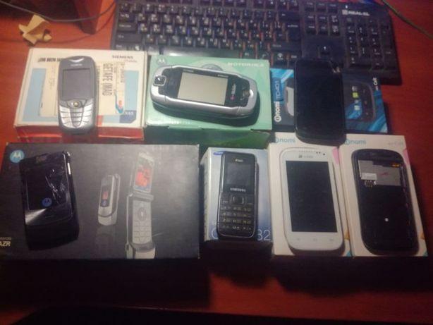 Лот Телефоны Nomi,Samsung,Motorola Razr 3,Simens CX65,T-Mobile.)