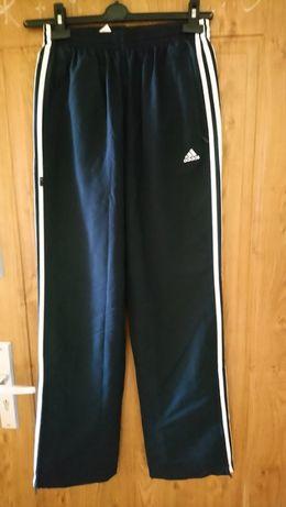 Spodnie Adidas roz.176
