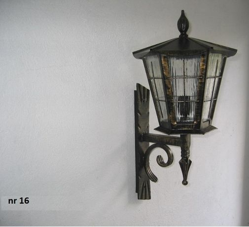 Kinkiet stojący Lampa Kuta Ogrodowa Oświetlenie domu ogrodu Producent