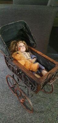 Wózek wózeczek lalka oryginalna porcelanowa