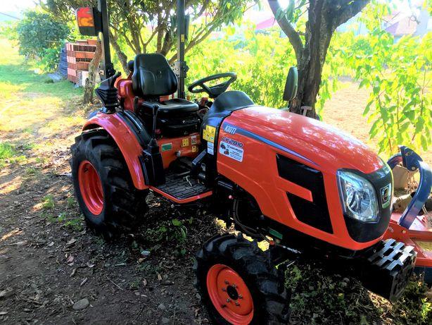 Trator Kioti CK2810 + Capinadeira + Fresa com abre regos (50h de uso)