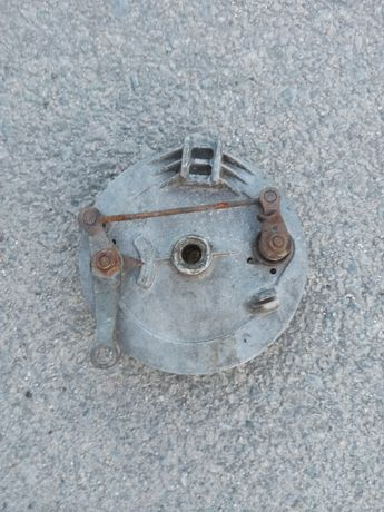 Продам передний тормозной барабан на Ява 638