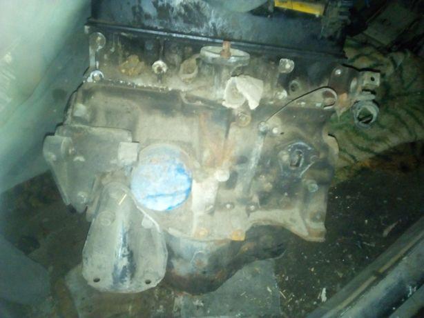 Двигун1.4 ота 1,7 під ремонт а
