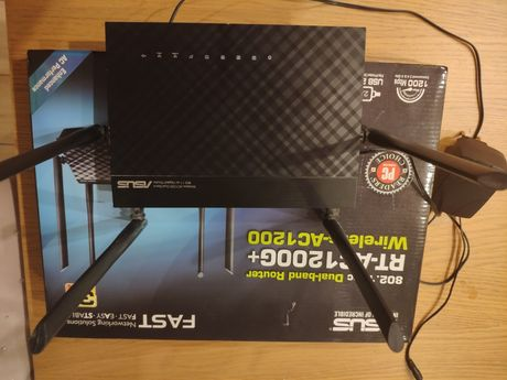 Router Asus RT-AC 1200G+ LTE