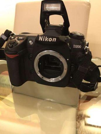 Câmara Nikon D200