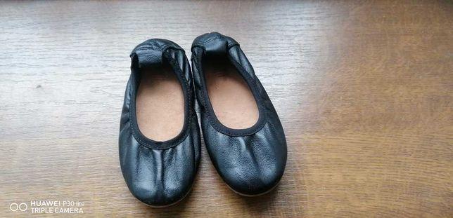 Skórzane baleriny Zara 22