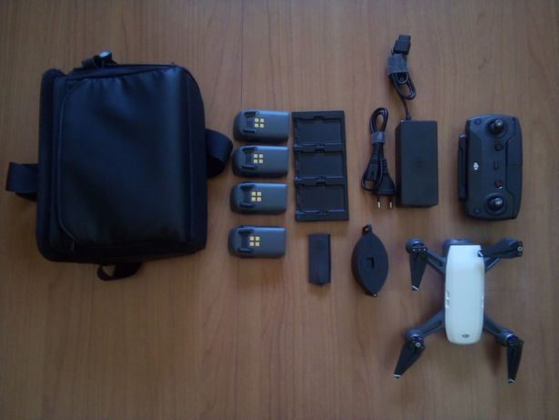 Drone Dji Spark + Fly more pack + Extras!