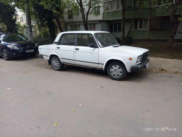 ВАЗ 2107 1998 г .газ-бензин