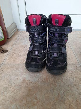 Зимние ботинки,сапожки для девочки GEOX