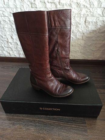 Продам кожаные сапоги TJ Collection