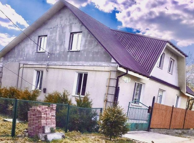 Продам дом в центре Киверец