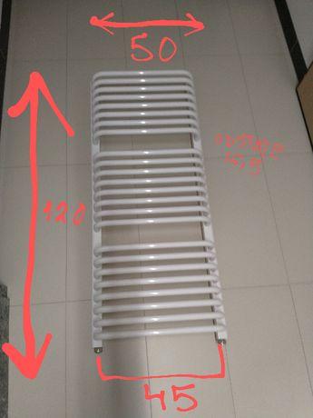 Kaloryfer grzejnik łazienkowy Instal Projekt Standard 50x120x16-17cm