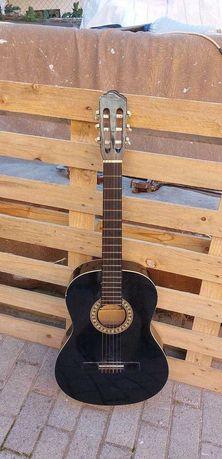 Guitarra de nylon