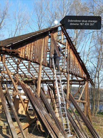 Zamiana starych desek na nowe stodola stodoly rozbiórka rozbiórki