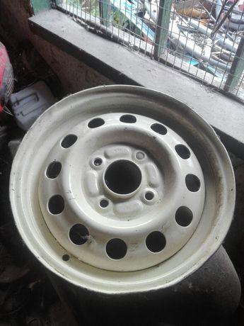 Колесний диск форд ескорд р13 4х108