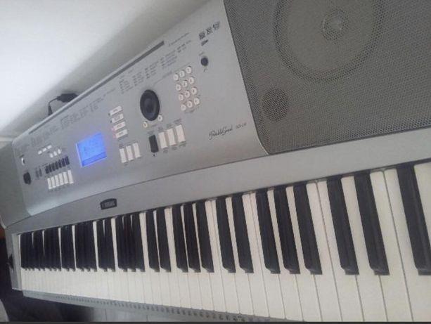 Teclado Yamaha Grand Piano dgx 230