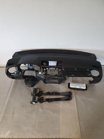 Deska rozdzielcza konsola airbag pasy Skoda Fabia 3 przed liftem