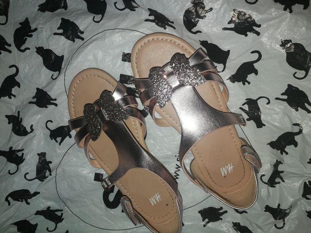 Sandały sandałki hm metaliczny róż 31