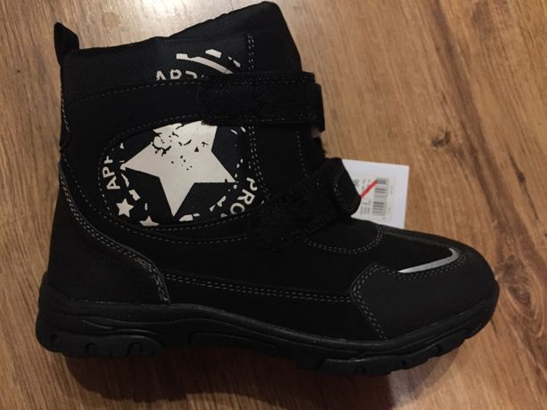 Продам новые ботинки мальчика зимние тёплые непромокаемые,гортекс 36ра