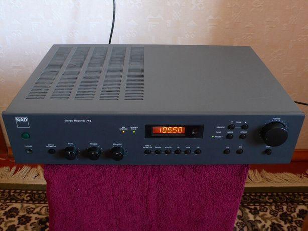 Продам стерео ресивер NAD 712