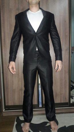 Мужской костюм размер М