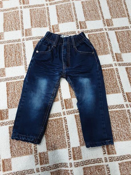 Джинсовые брюки на флисе 98 см