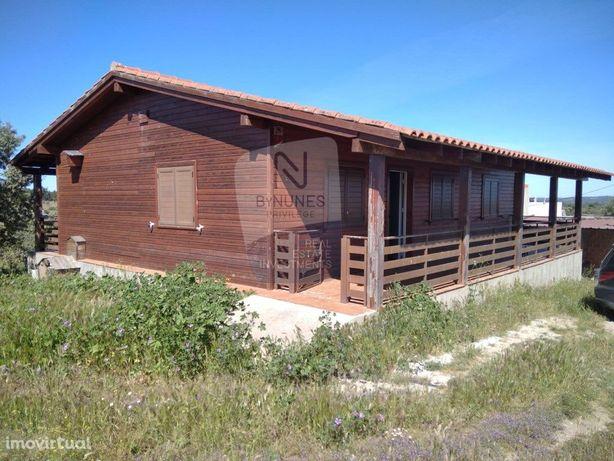 Quinta com casa madeira T2   Nisa