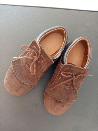 Sapatos carneirinhos castanho nº 30