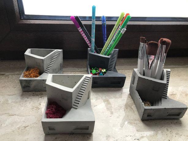 HIT! Trend Mody, betonowy organizer na biurko/toaletkę