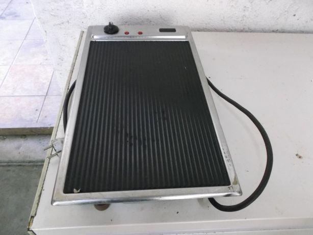Grelhador proficional eléctrico monofásico vitroceramica.