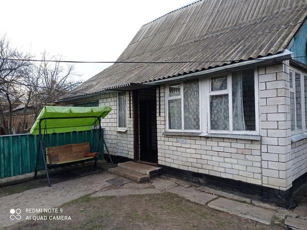 Продам капитальный дом! В селе Бузовка. Срочно.