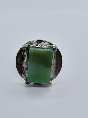 pierścionek z metaloplastyki rękodzieło z kamieniem półszlachetnym