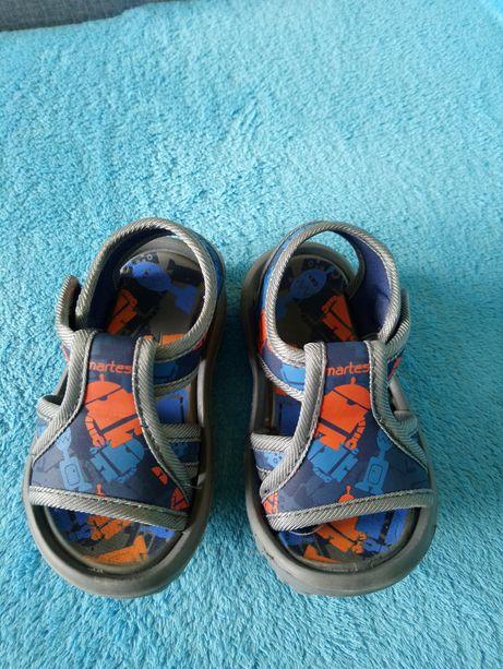 Sandały 22