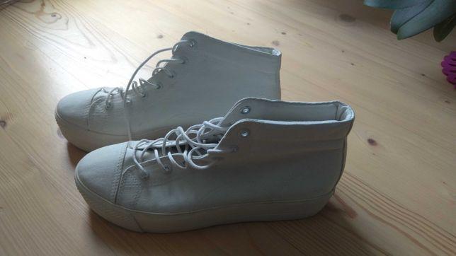 Buty na grubej podeszwie Vagabond