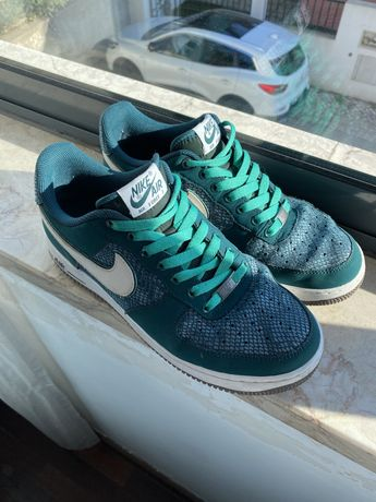 42 - Nike Air Force 1 Low Green Snake