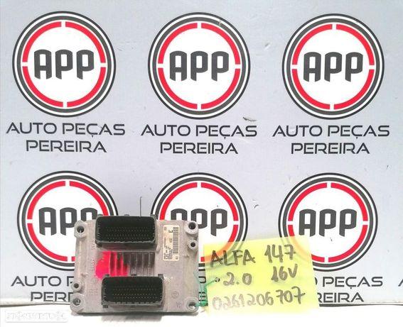 Centralina motor Alfa Romeu 147 2.0 16V referência 0261206707