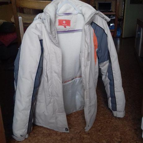 Kurtka,kurtka narciarska,przegląd szafy,odzież