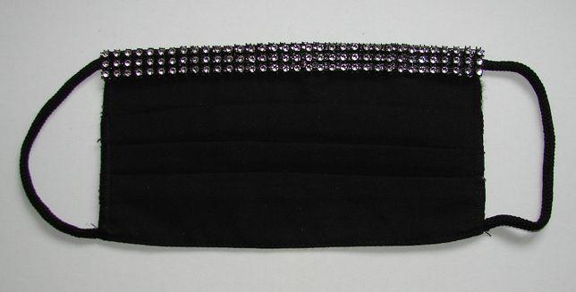 Maseczka bawełniana ze srebrną ozdobą - czarna